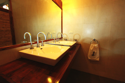 The Kites Mancora beautiful and natural bath room design highlight the natural zen feel we strive for